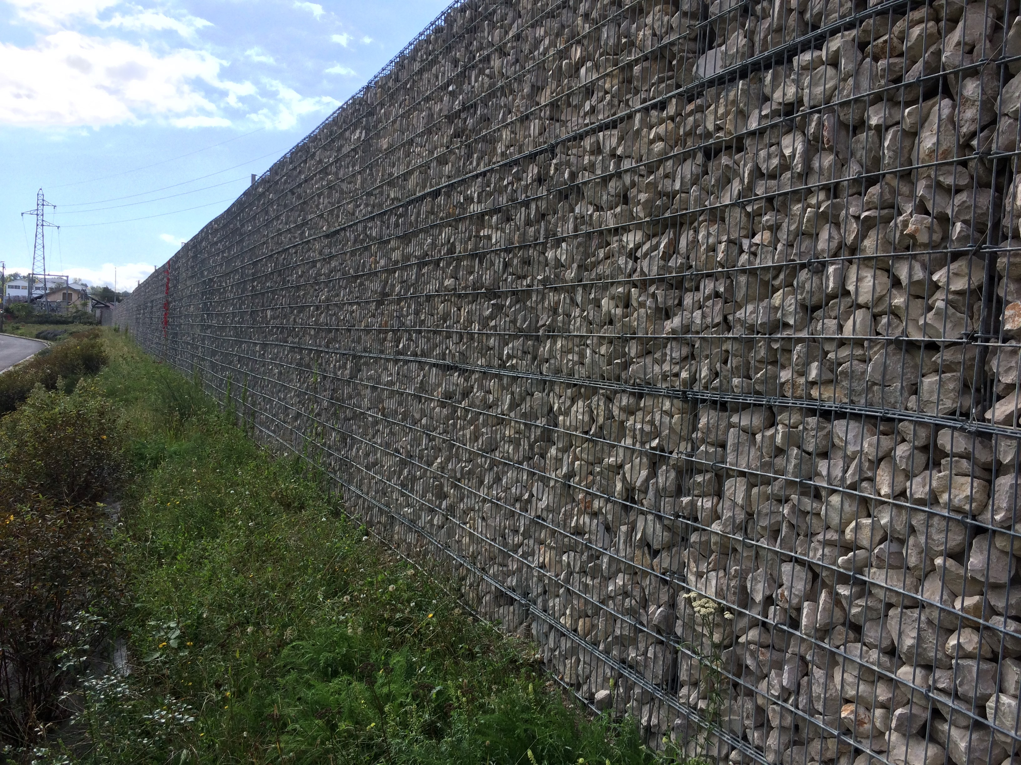 Bassens mur stonebox anti bruit rails SETP