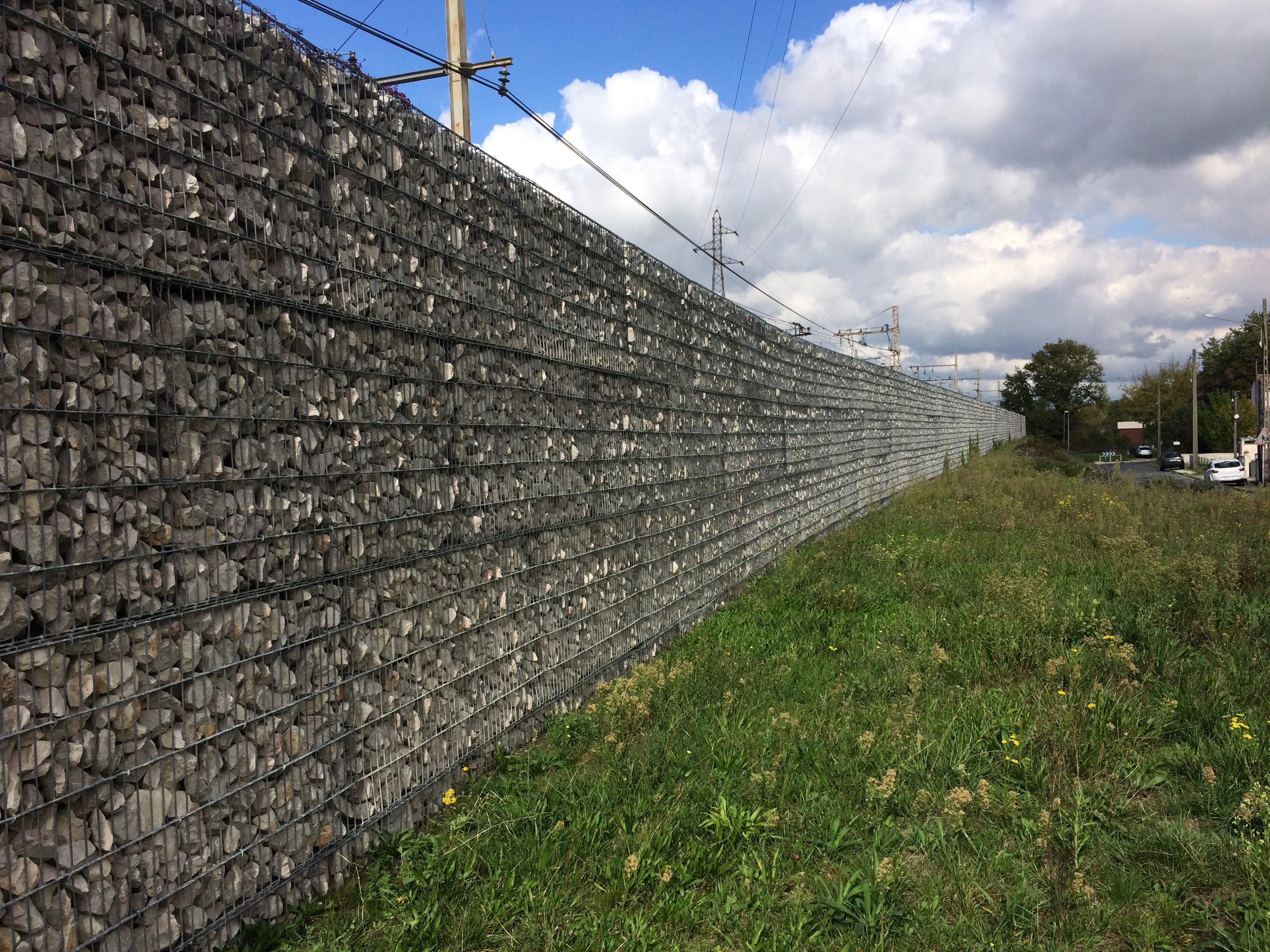 Bassens mur stonebox anti bruit voie ferrée SETP