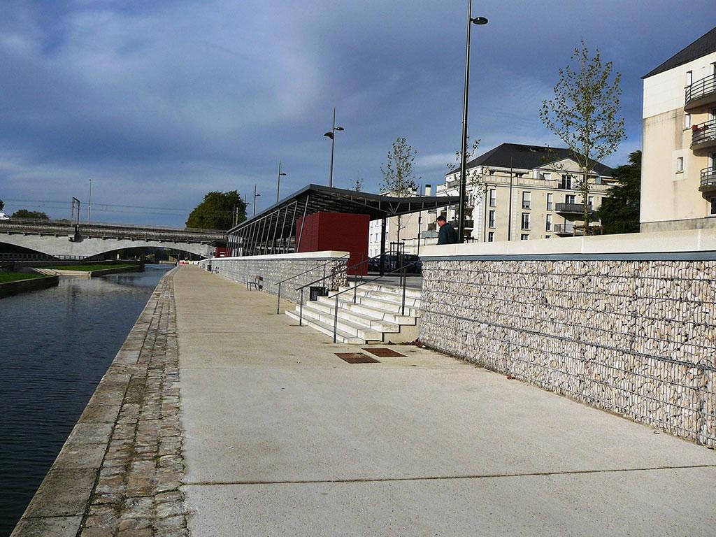Murs en gabions à Orléans