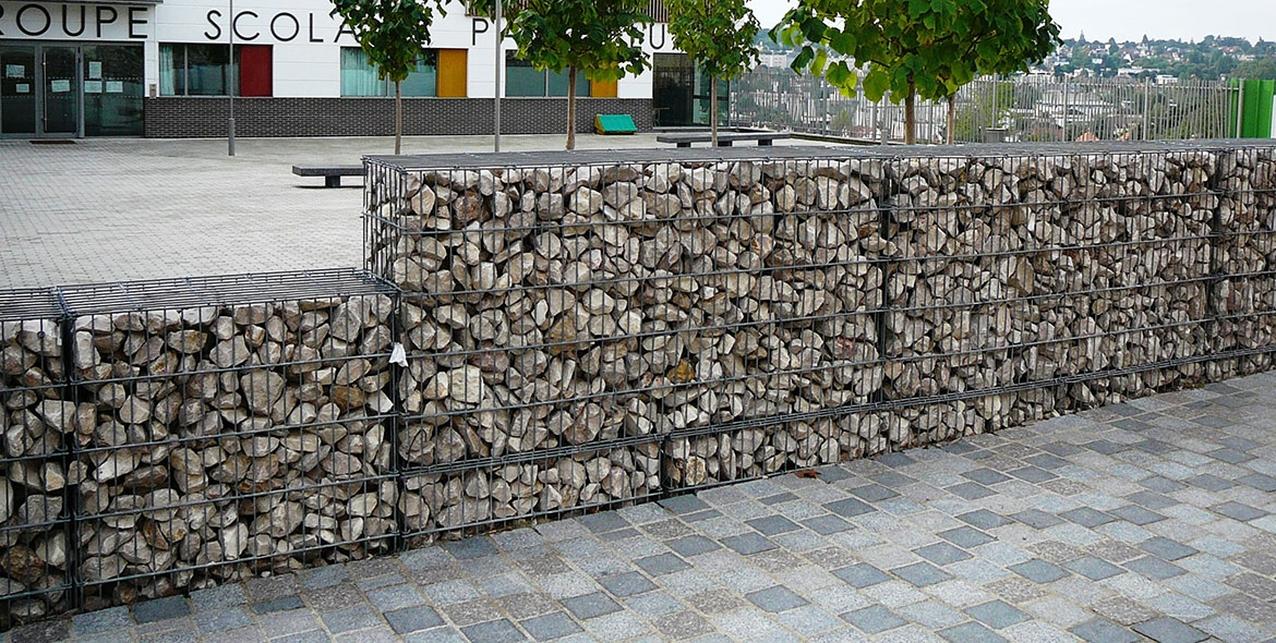 Mur de cloture en gabions